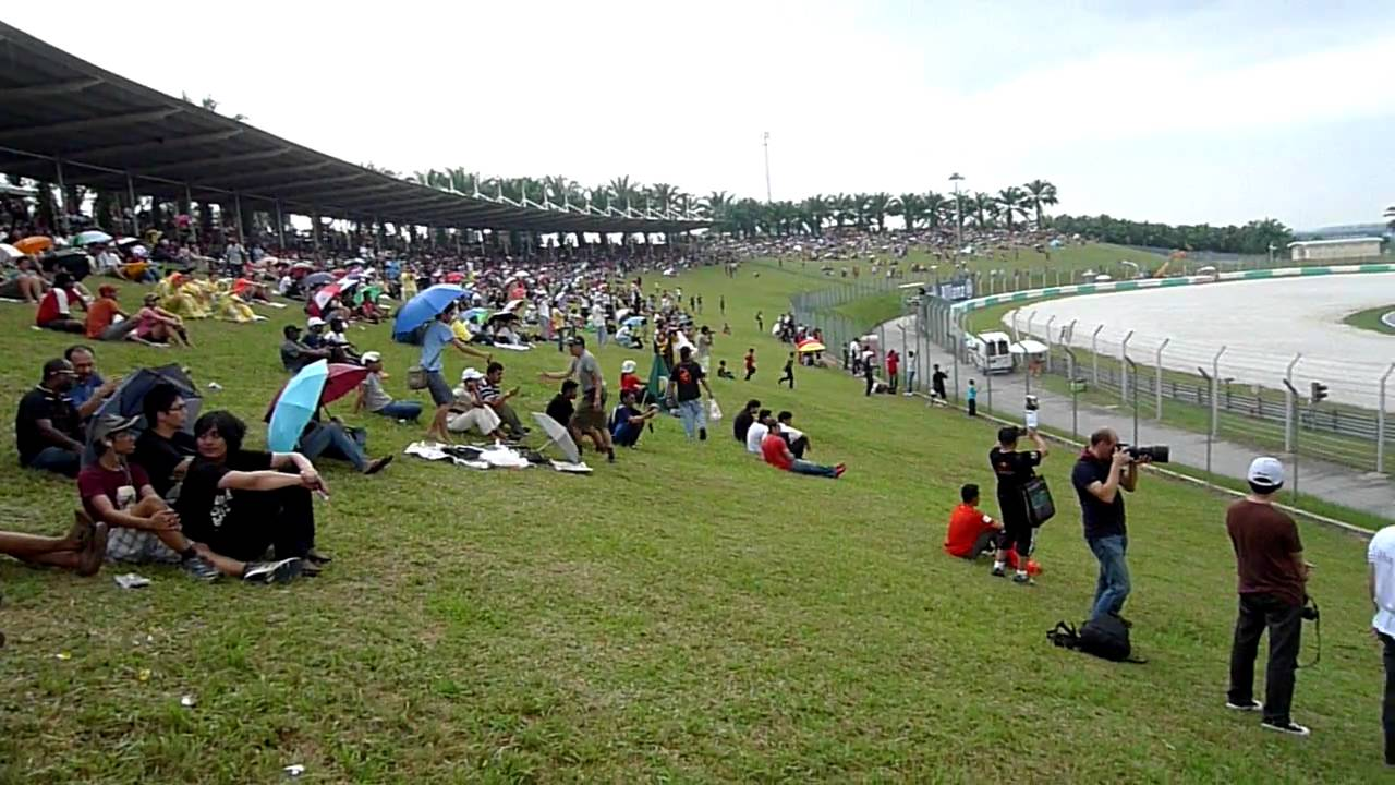 C2 Hill Stand Sepang